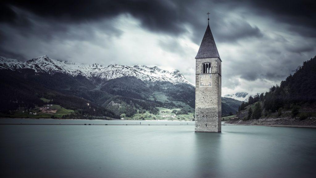 Reschensee in Südtirol